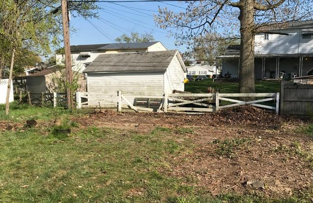 Shed demolition and removal, Windsor Mill MD