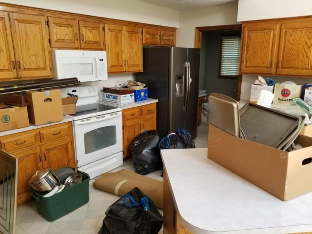 Unwanted Household Items Removed in Overland Park, KS