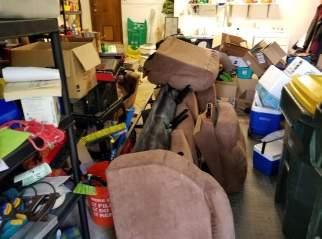 Furniture Removal in Shawnee, KS