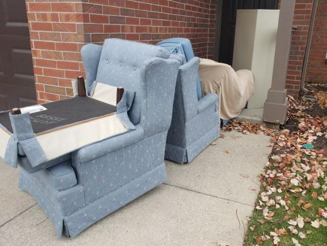 Chair Removal in Overland Park, KS