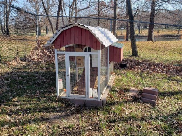 Chicken Coop Removal in Kansas City, Mo