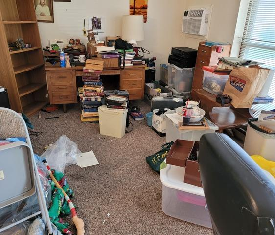 Complete Apartment Clean-Out