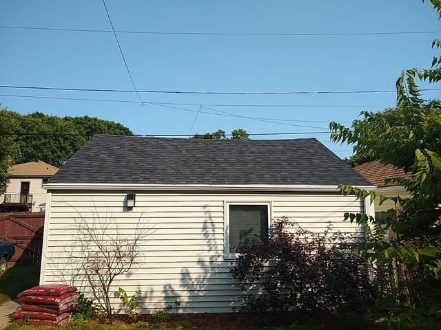 Roof Replacement - Milwaukee
