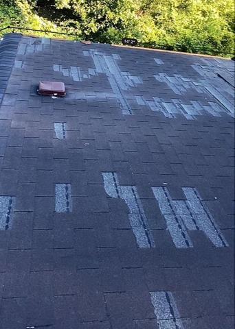Roof Replacement in Savannah, GA - Before Photo