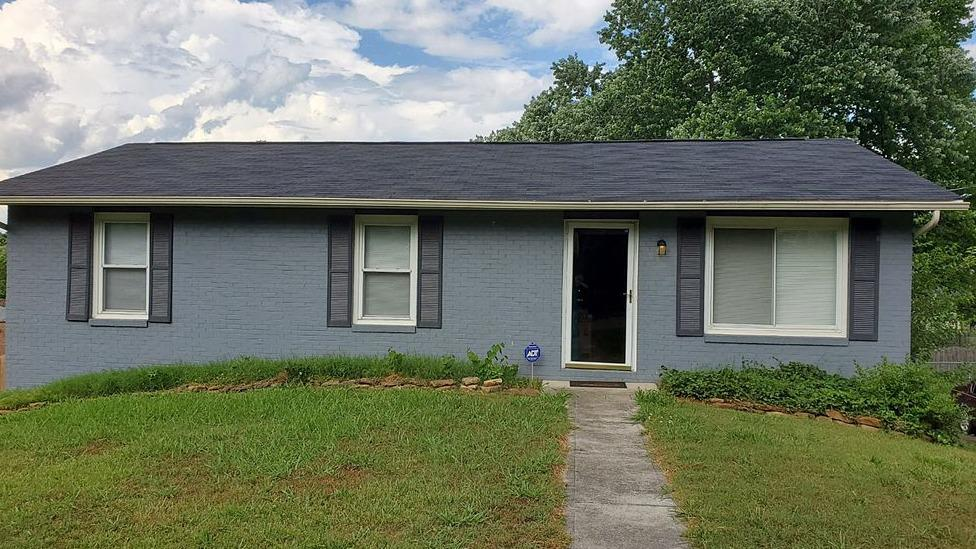 Revamping an Old, Weathered Roof in Knoxville, TN - Before Photo