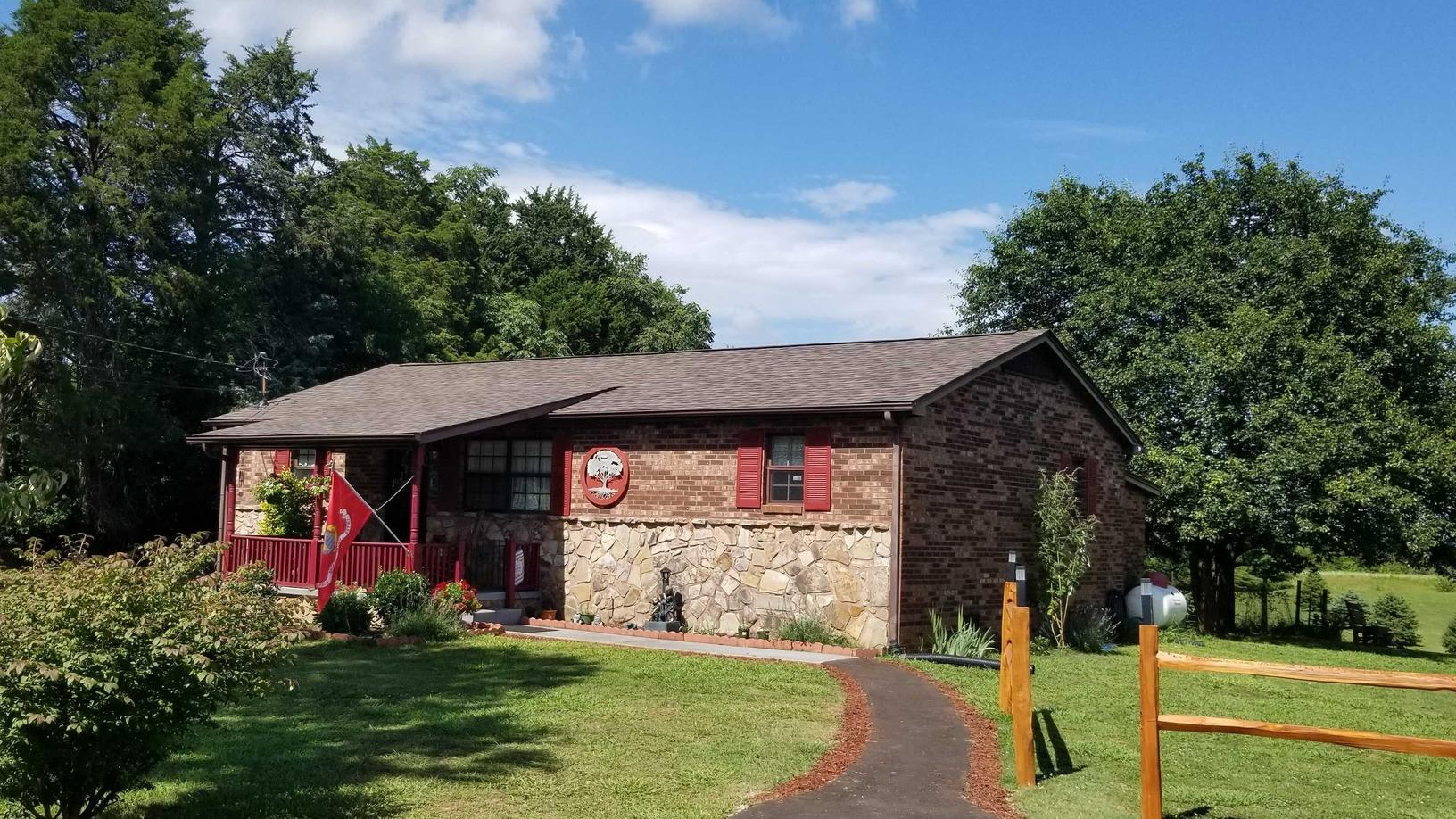 Lenoir City, TN Home Gets a New and Improved Roof - After Photo