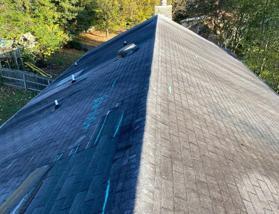 Mascot, TN Home Gets a Roofing Makeover - Before Photo