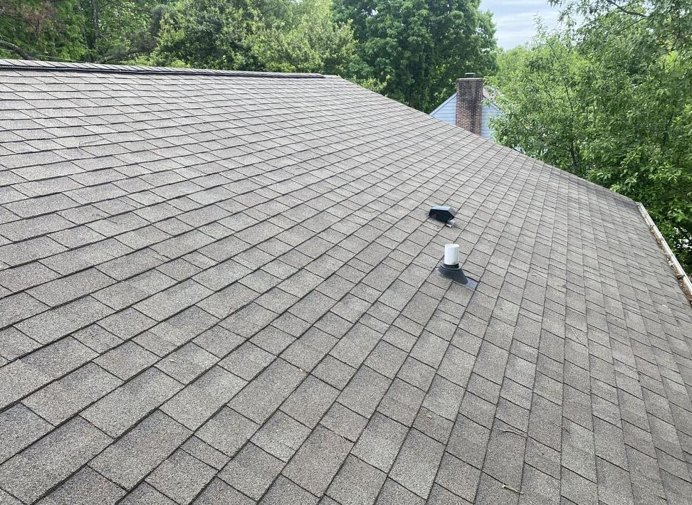 Roof Replacement Near Harrogate, TN - Before Photo