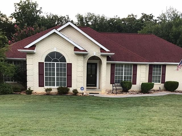 Sleek New Gutters for Maryville, TN Home