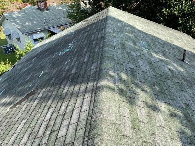 Replacing an Old Roof Near Lake City, TN