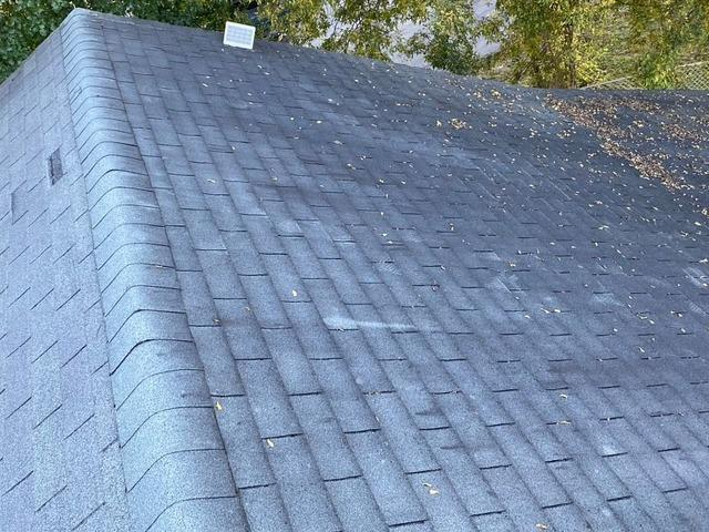 Beautiful Gray Roof for Home Near Louisville, TN