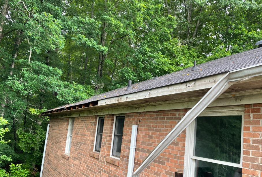 Gutter and Fascia Replacement in Walnut Cove, NC - Before Photo