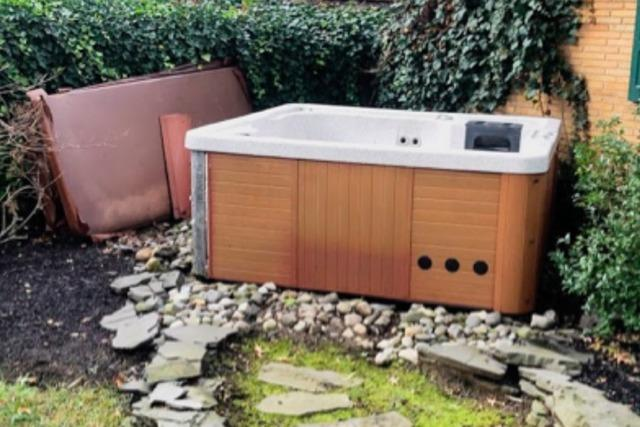 Hot Tub Removal in Douglassville, PA