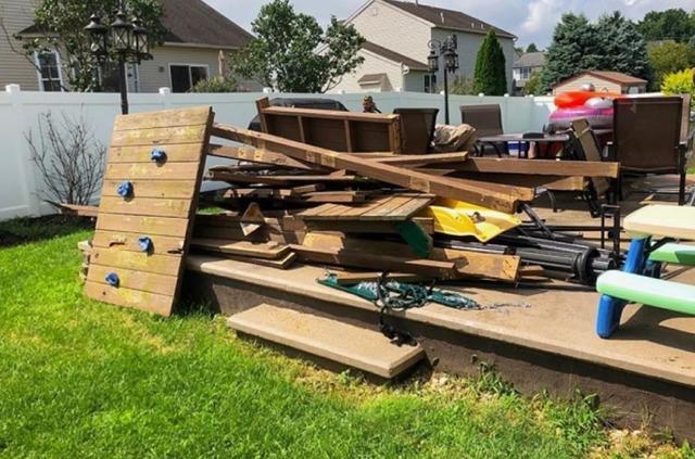 Declutter my backyard in Honey Brook, PA