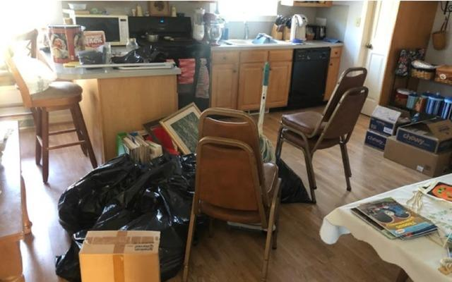 Declutter my house in Birdsboro, PA