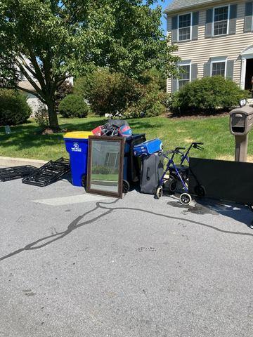 Curbside Pickup in Morgantown, PA