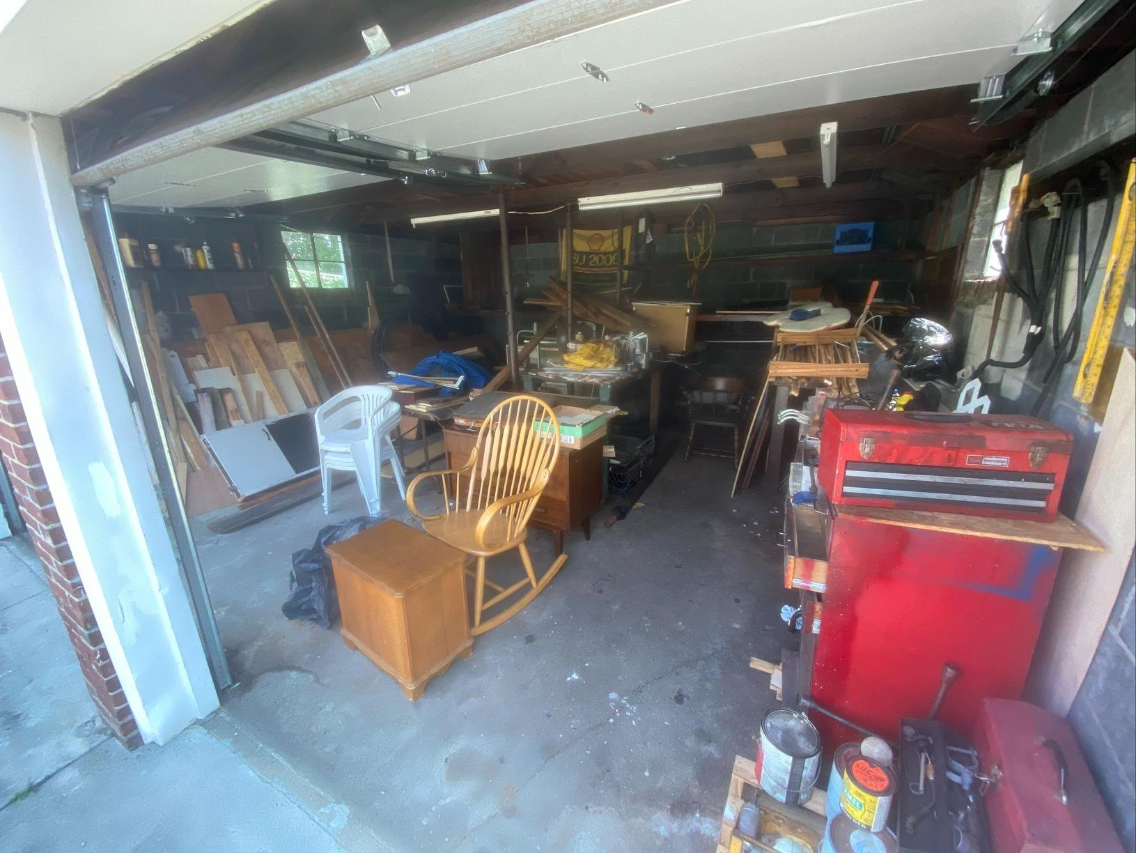 Garage Cleanout in Valley Stream - Before Photo
