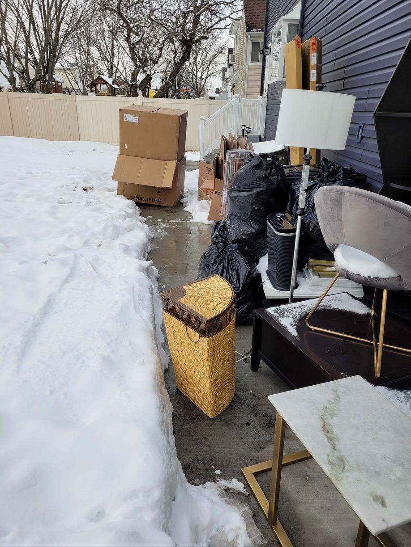 Outdoor Pickup in Merrick, NY - Before Photo