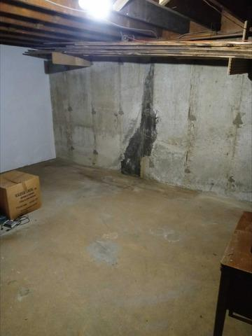 Basement Cleanout in Oyster Bay, NY