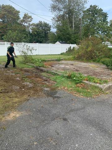 Backyard Junk Removal and Cleanup in Commack, NY