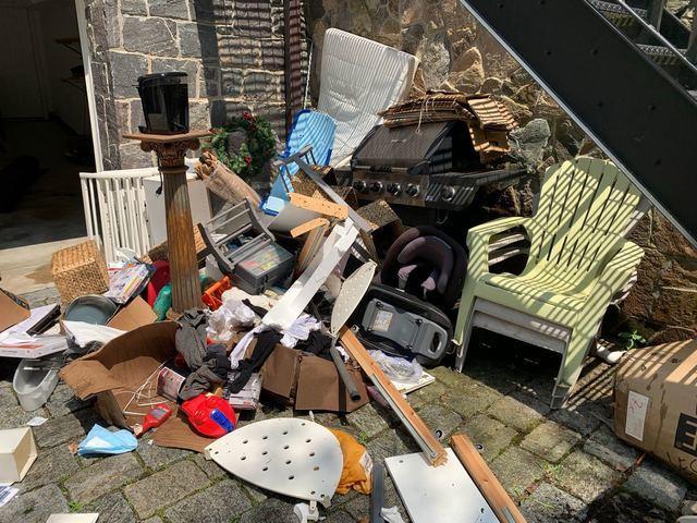 Newton Centre Yard Cleanout Service