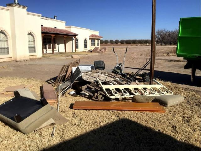 Yard Junk Removal in Fabens, TX