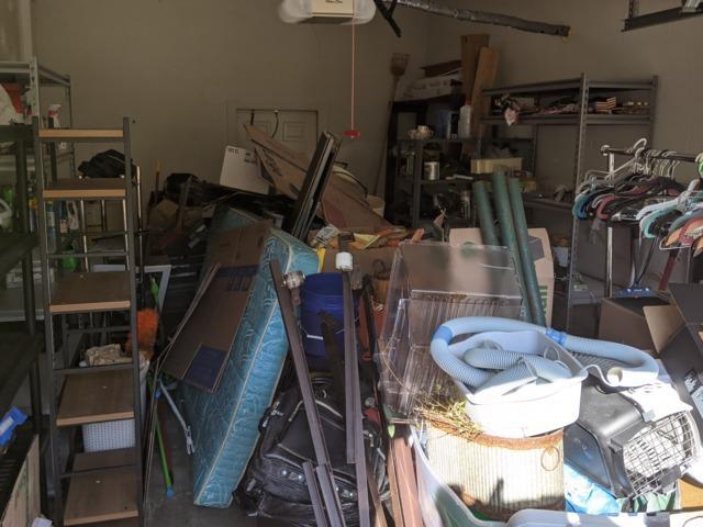 1-Car Garage Cleanout in Land O Lakes, FL!
