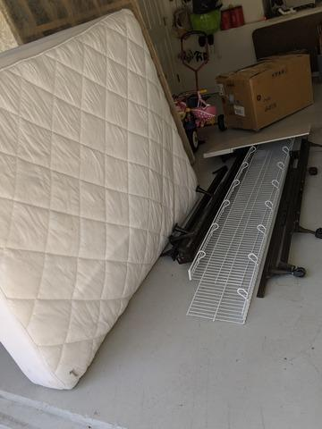 Mattress/Box Spring removal in Wesley Chapel, FL!