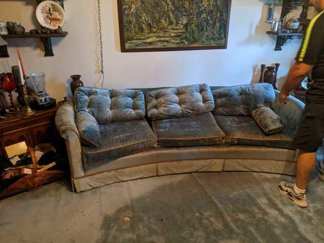 Couch Removal in Trinity, FL!