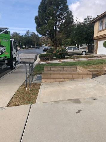 Curbside Pick Up in Anaheim Hills, CA