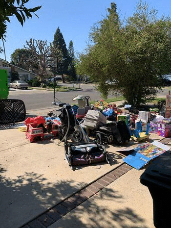 Driveway Junk  Removal in Costa Mesa, CA