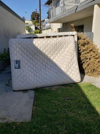 Mattress Removal in Fullerton, CA