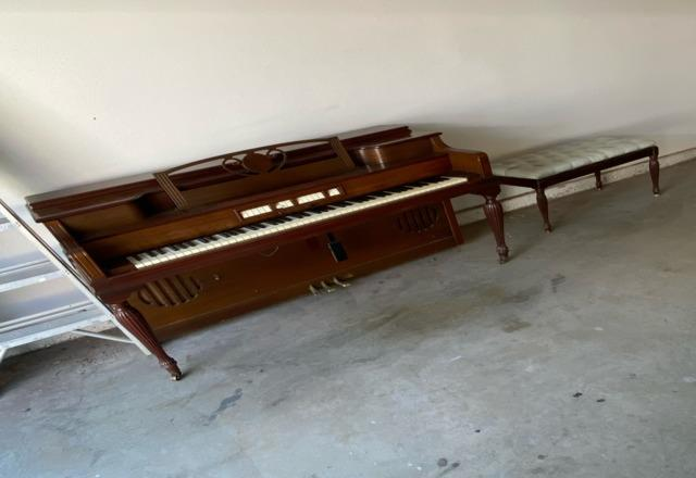 Piano Removal in Tustin, CA