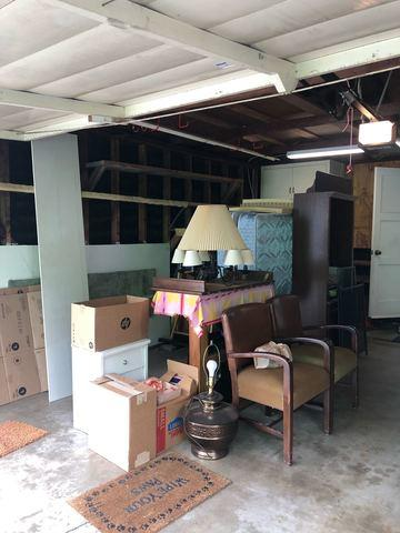 Junk and Furniture Removal in Corona Del Mar, CA