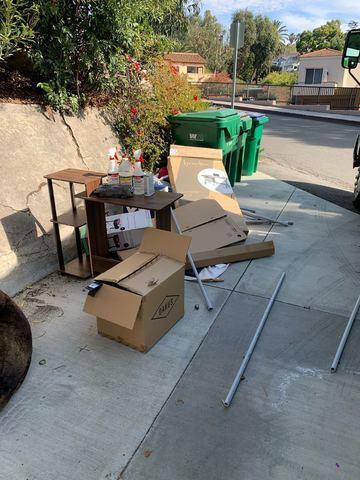 Driveway Junk Removal in Laguna Beach, CA