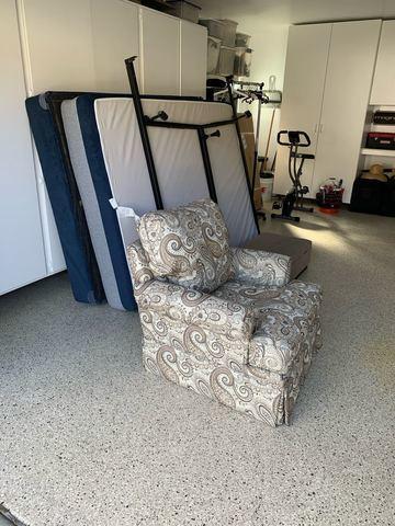 Furniture Removal in Santa Ana, CA