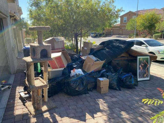 Curbside Cleanup in Henderson, NV