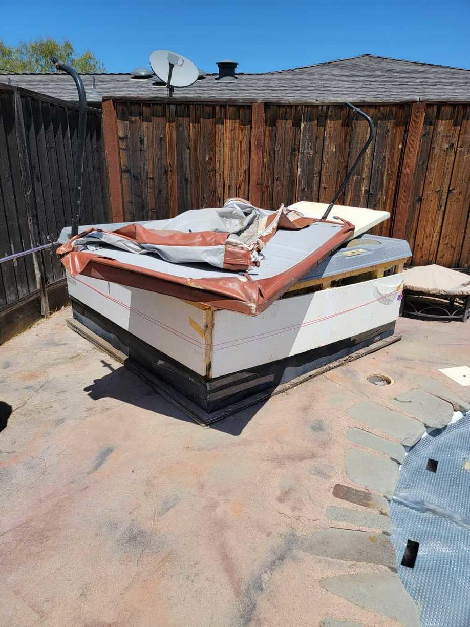 Hot tub removal in San Jose CA - Before Photo