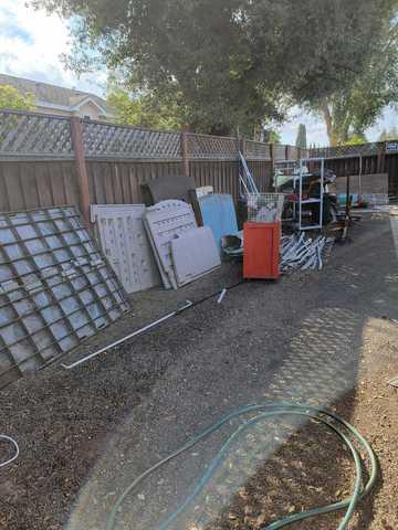 Yard clean out for house listing in Sunnyvale, CA