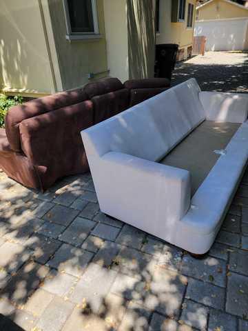 Furniture Removal in Palo Alto, CA