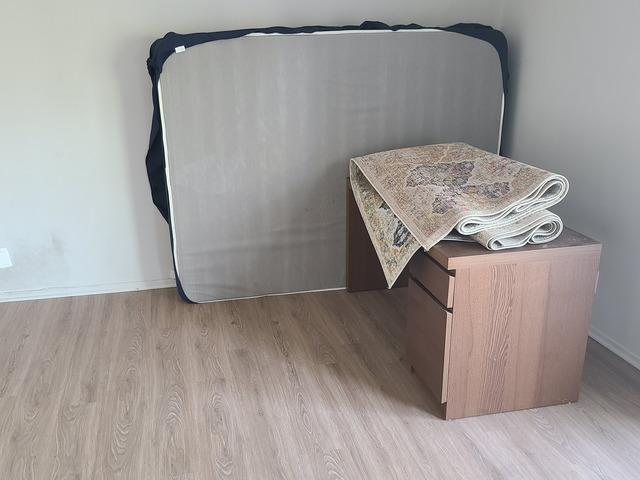 Fast Furniture Removal Services in Los Angeles, CA