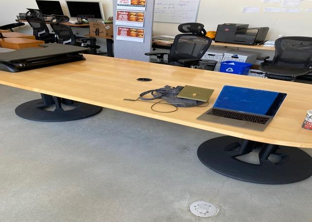 Office Furniture Removal in Venice, CA