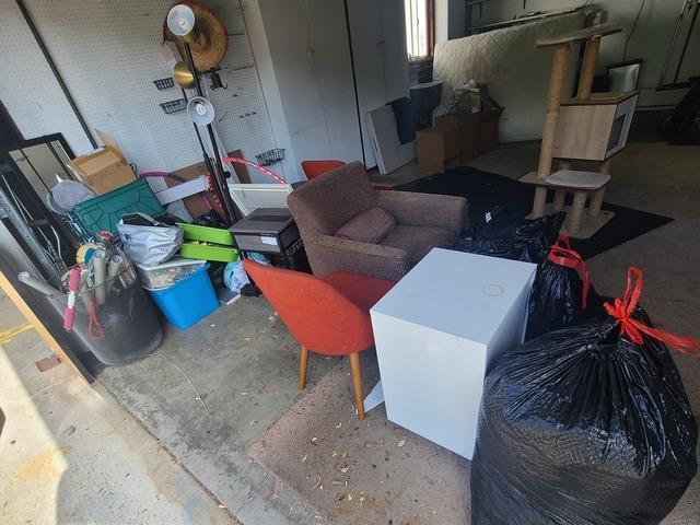Manhattan Beach, CA Garage Clean Out Services