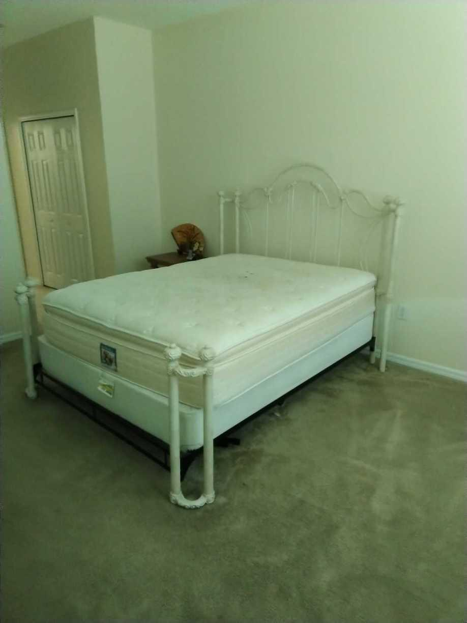 Bed removal in Brandon, FL - Before Photo