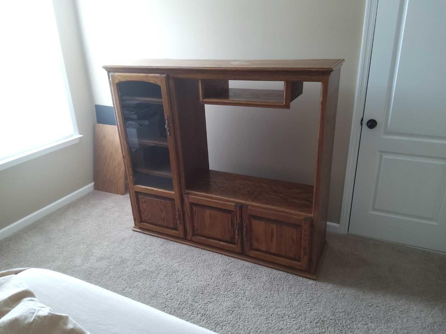 Moving out and needed items removed in Gallatin, TN - Before Photo