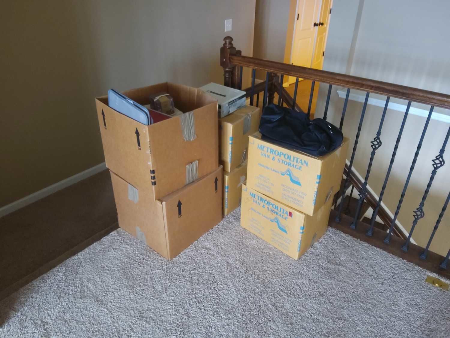 Furniture Removal Services in Gallatin, TN - Before Photo