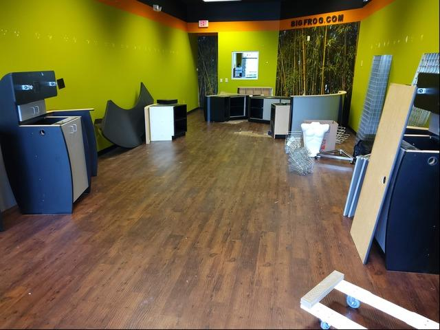 Retail Fixtures Removed and Donated from Franklin, TN