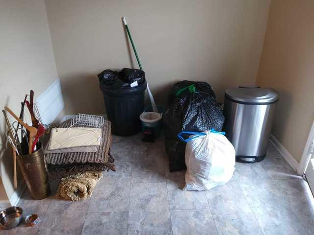 Remove household items during a move, in Hermitage, TN