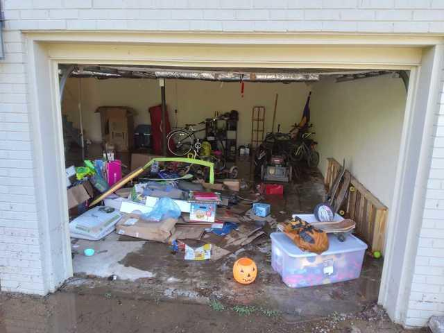 Flood damaged items removed in Brentwood, TN
