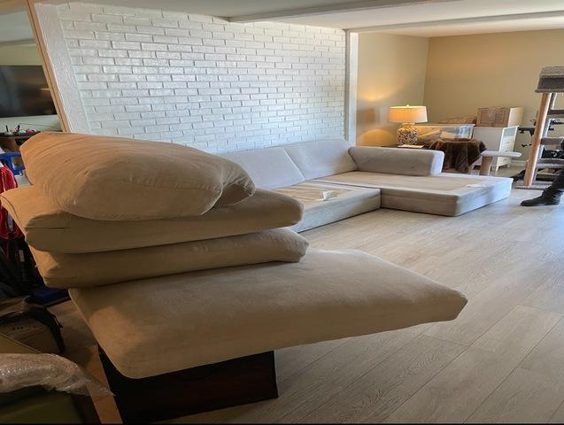 Furniture removal in Long Beach, CA